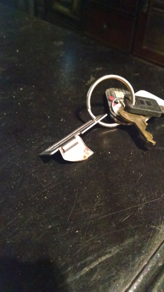 keychain-can-opener