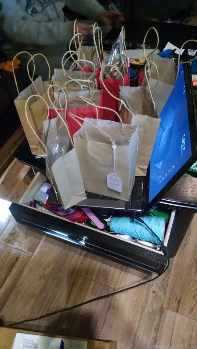 neighbor-gift-bags